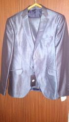 Продам Турецкий мужской костюм 48-50 р новый